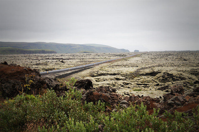 driving_the_ring_road_in_iceland_the_south_coast_lava_field