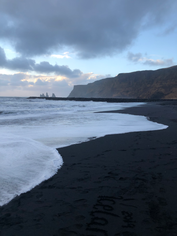 Highlights-of-a-roadtrip-through-south-Iceland-sadcars-car-rental-black-sand-beach-vik
