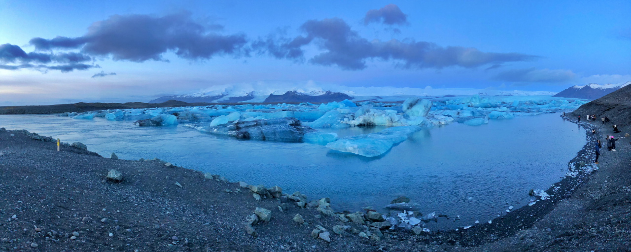 Highlights-of-a-roadtrip-through-south-Iceland-sadcars-car-rental-Jokulsarlon-Glacier-Lagoon