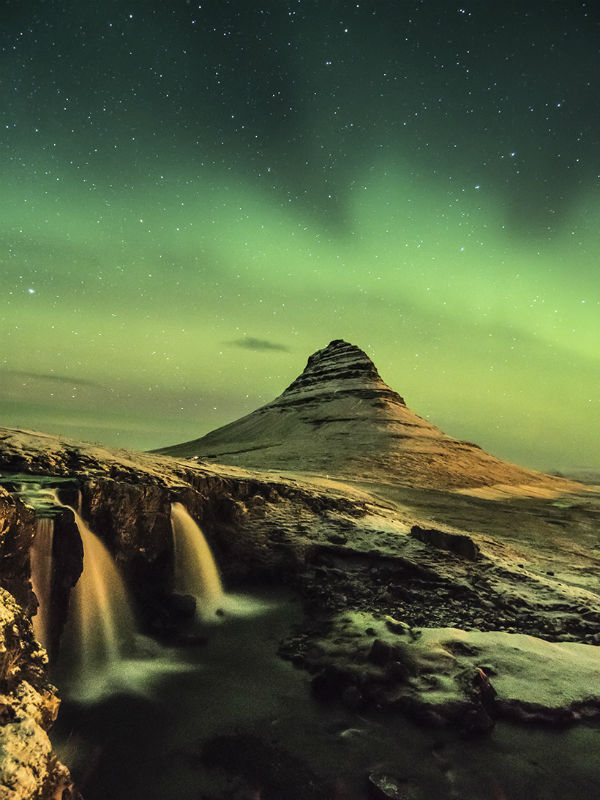 tips_on_hunting_the_northern_lights_iceland